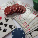 Pokerkarten und Token